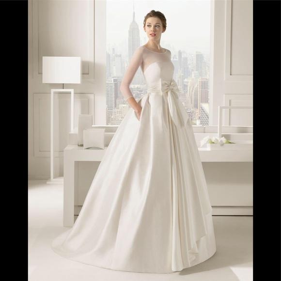 "9b28b8711f4 Rosa Clará ""Segovia"" Silk Gown. M 5ac3a444fcdc31795e57da71"